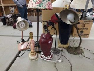 VARIOUS TABlE AND DESK lAMPS