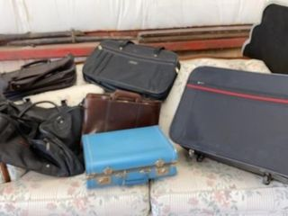 lUGGAGE   DUFFlE BAG AND COMPUTER BAGS