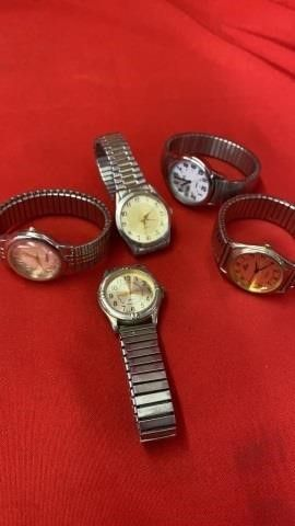 5 WATCHES   ONE MISSING COVER