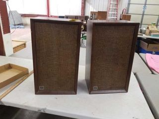 2 SOUND STUDIOS STEREOS   22  TAll