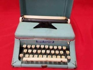 TOM THUMB CHIlDS TYPEWRITER VINTAGE