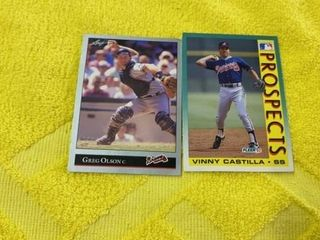 GREG OlSON ATlANTA BRAVES   lEAF CARD AND VINNY