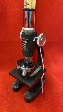 PRIVATE EYE TOY MICROSCOPE