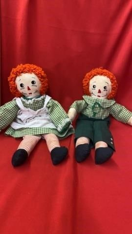 VINTAGE 19 INCH RAGGEDY ANN AND ANDY DOllS