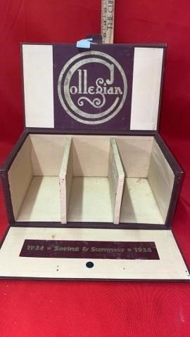 1924 COllEGIAN GlOVE DISPlAY CASE
