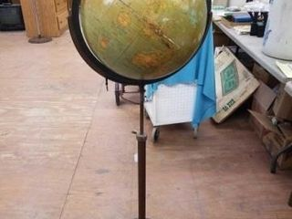 WEBER COSTEllO GlOBE ON STAND 53 TAll
