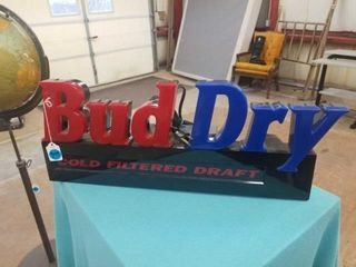 BUD DRY lIGHTED SIGN   WORKS   23  lONG