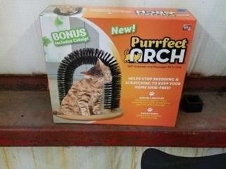 PERFECT ARCH CAT SCRATCHER