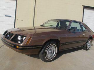 1983 Ford Mustang Gl Hatchback