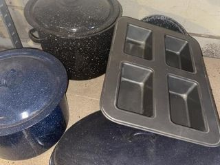 large and small stock pots cookware