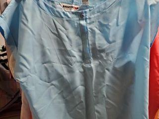 Womens short sleeve tops size lG Xl