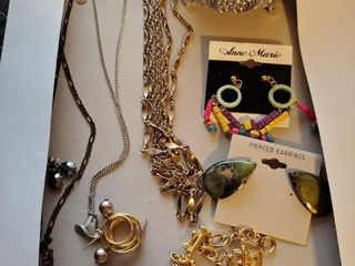 Silver jewelry container  Necklaces and