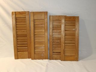 2 sets of small shutters