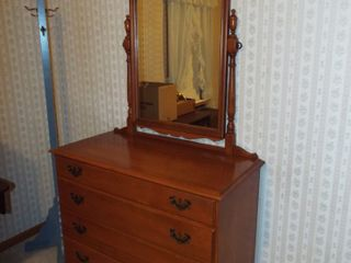 McAlisterville Home, Antiques & Collectibles