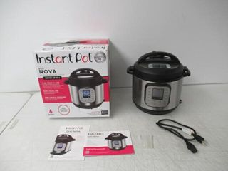 Used  Instant Pot Duo Nova 7 in 1 Electric