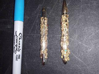 2 Gold   Jeweled Pens