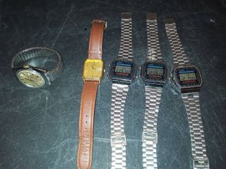 5 Watches  3 are CASIO  1 TIMEX  and 1 PUlSAR