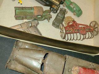 ANTIQUE METAl CARS  CAP GUN  and oyn
