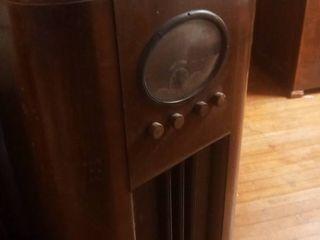Vintage TrueTone Stereo 41 x 23 x 11 in