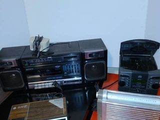 Assorted stereo CD player and radios