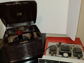 Vintage RCA Victrola and old tuner parts