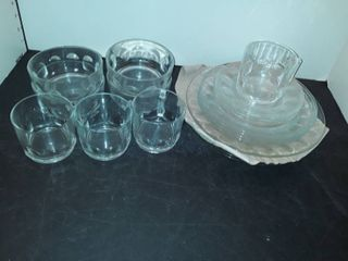 Dinner Service Set for 4 ppl  4 plates  salad plates  dessert plates  bowls cups and saucers  All together is 20 pcs