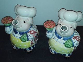 2 FITZ and FlOYD PIG PITCHERS