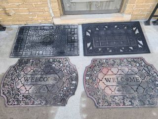 Welcome mats lot of 4