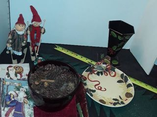 Assorted Holiday Christmas items