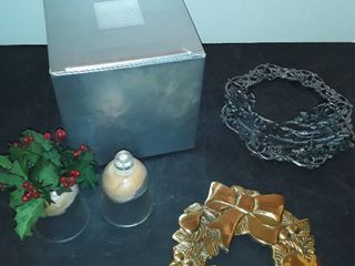 MIKASA CHRISTMAS GlASSES  DECORATIVE TRIVETS and other items