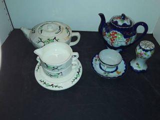 2 Oriental Tea Sets