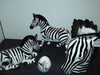 FITZ and FlOYD ZEBRA VASE  2 Zebra Figurines  and an CROWN STAFFORDSHIRE Egg with Zebra