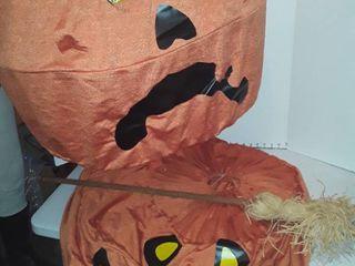 Halloween pumpkin yard decor