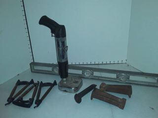 Omark model 330 tool with level and assorted hardwares
