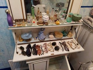 Perfume Bottles  Ring Holder and Scale