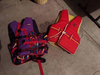 2 life Vests