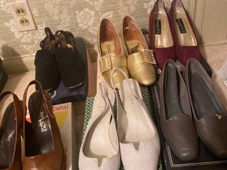 6 pairs of heeled shoes mostly size 9