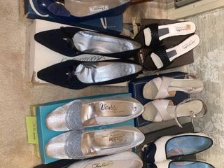 7 pairs of pumps