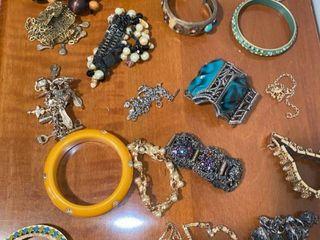 approx 20 bracelets