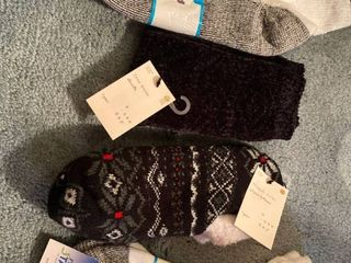 4 pairs new with tags socks