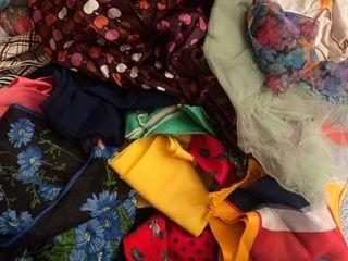 lot of neck scarves