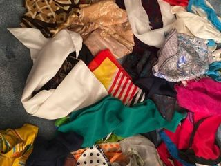 approx 20 silk and polyester scarves
