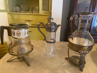 3 vintage karafes
