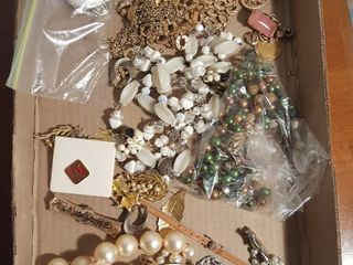 Assorted mixed jewelry  Several pieces in need of repair