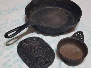 3 pc  assorted cast iron