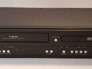 Magnavox DVD  VHS Player DV220MW9   no remote   work