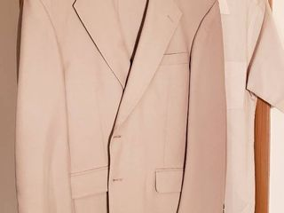 Men s 40 Short Tan Stafford Suit w 2 Dress Shirts   see sizes in pix