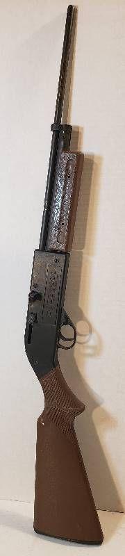 Crosman 760 Pumpmaster BB Gun   34 in  long   Brown Plastic Stock