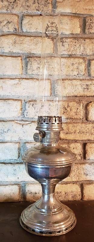 Aladdin Polish Metal No  900 Oil lamp w Model 9 Mantle Burner   23 5 in  tall
