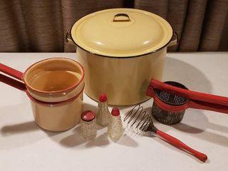 Vintage Enamelware  Utensils and S   P Shakers